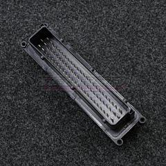ECU Liitin 70-pin
