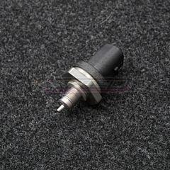 Bosch öljynpainetunnistin lämpötunnistimella